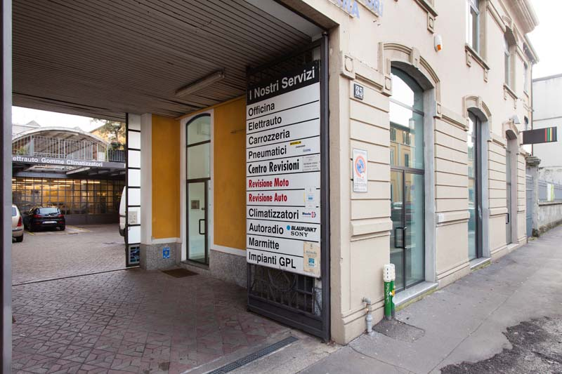 Spazio F - Open space, Showroom, Temporary shop di 140mq in Via Savona 35 | location disallestita 18