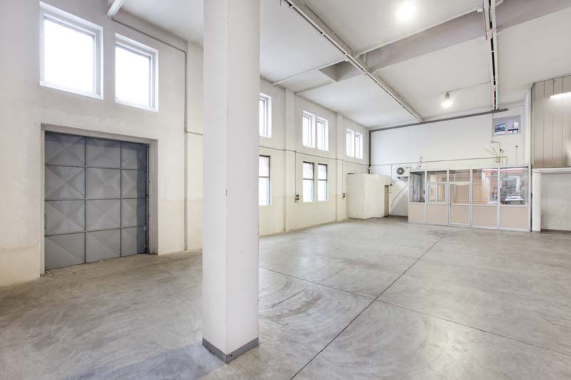 Interspazio - Open space, Spazio industriale di 230mq in Via Tortona 31 | location disallestita 4
