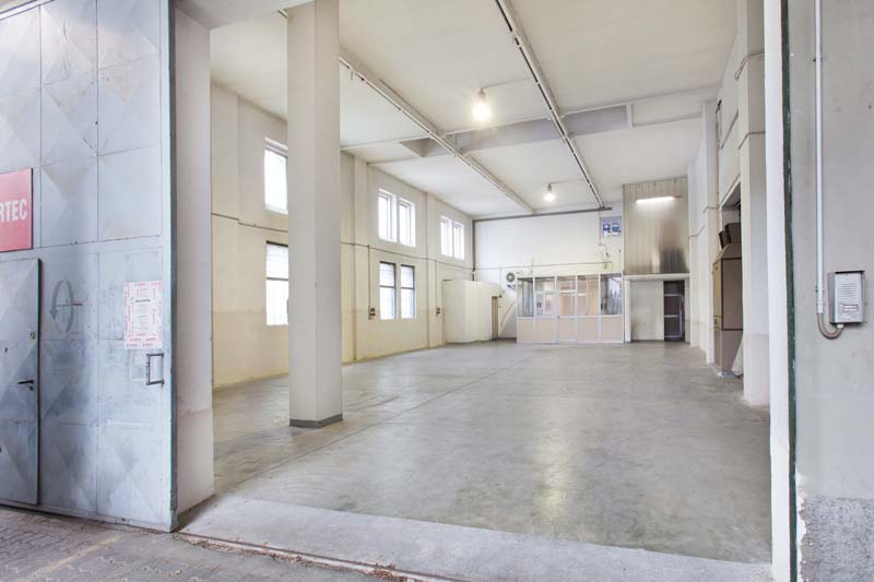 Interspazio - Open space, Spazio industriale di 230mq in Via Tortona 31 | location disallestita 5
