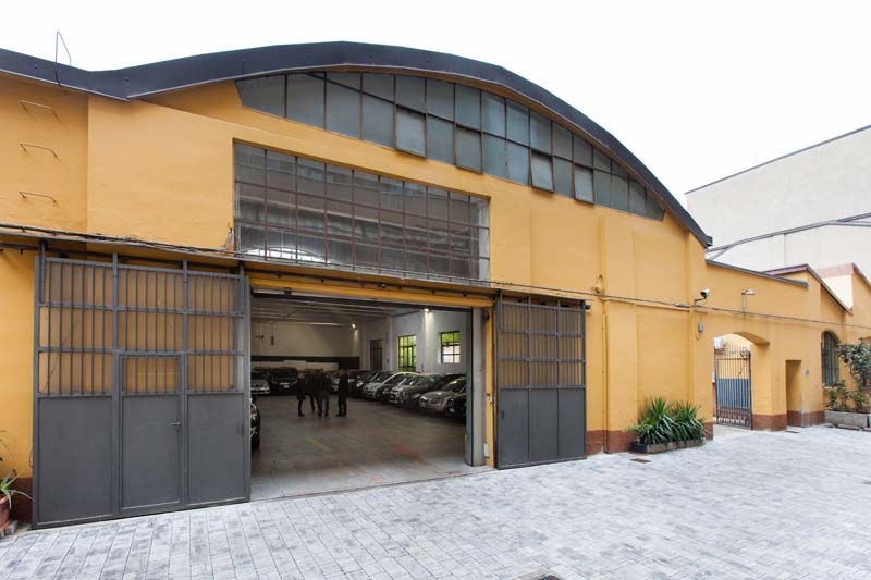 Autorimessa - Open space, Spazio industriale di 450mq in Via Tortona 20 | location disallestita 3
