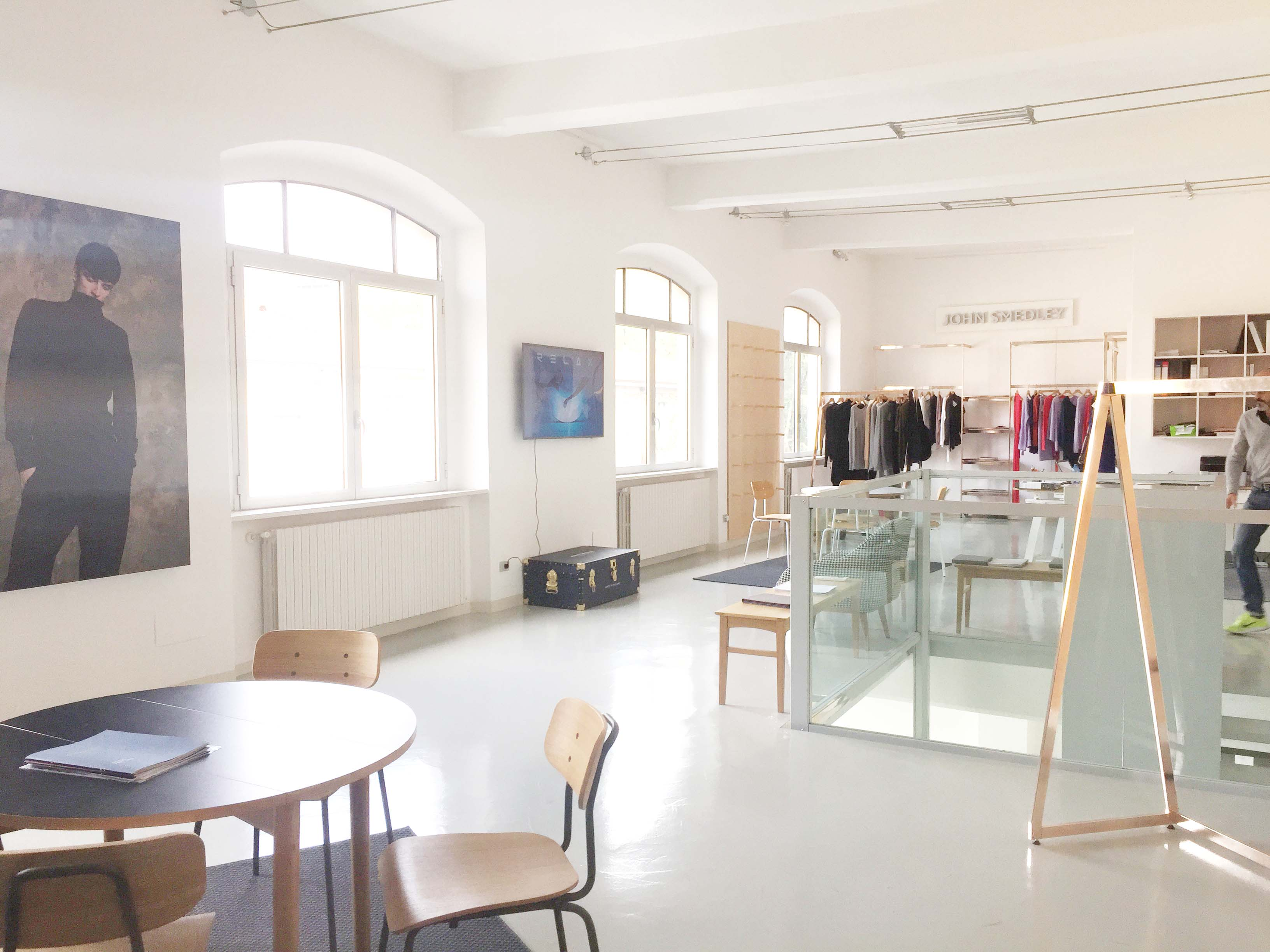 Spazio F - Open space, Showroom, Temporary shop di 140mq in Via Savona 35 | location allestita 6