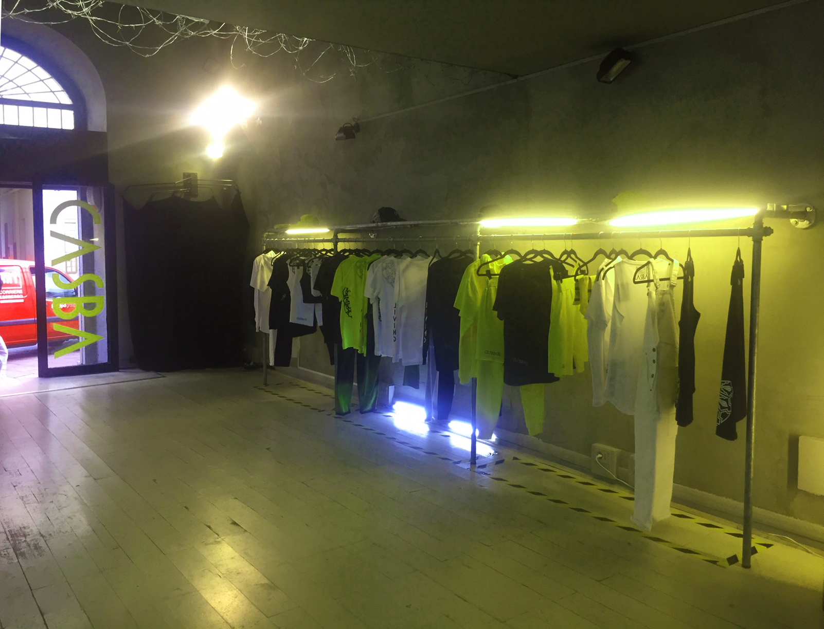 CASBA Made in Itay - Temporary shop  in Via Tortona 5 - 4