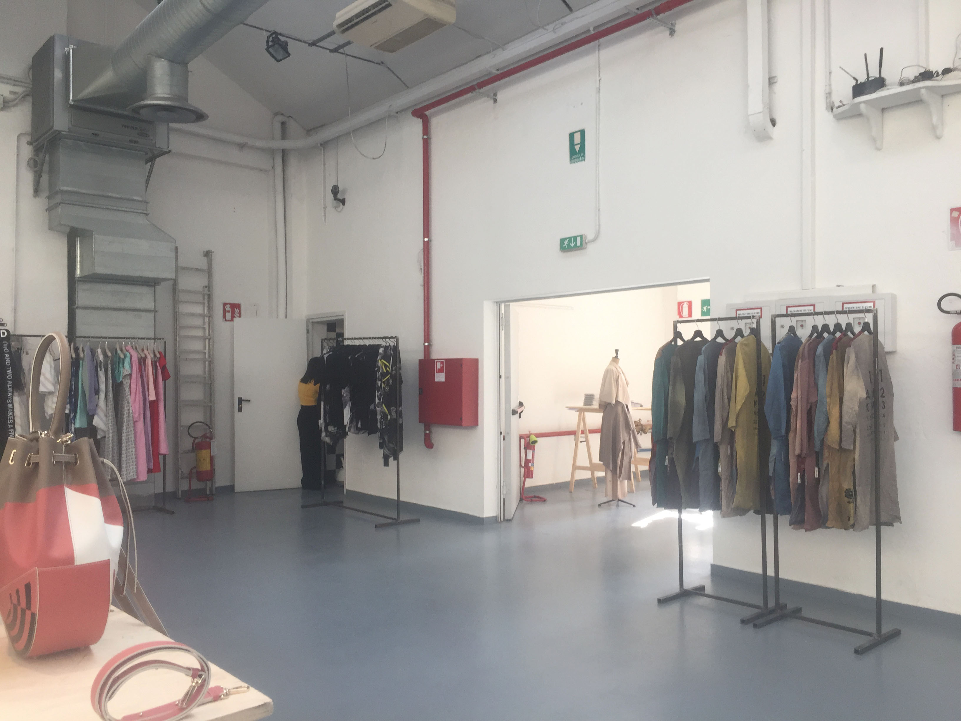 MFW WOMAN - 09/17 - Ozone in Via Tortona 32 - 4