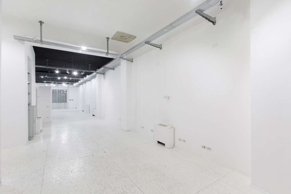 Production - Laboratorio, Open space, Showroom di 210mq in via Savona 53 | location disallestita 6