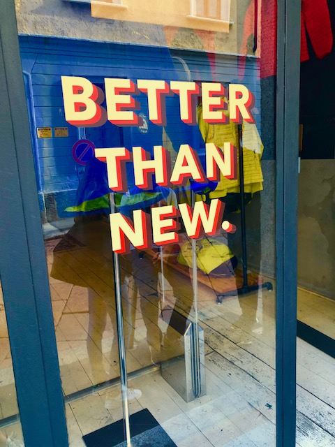 "PATAGONIA - Thrift shop ""Better than new"" in Via Tortona 5 - 4"