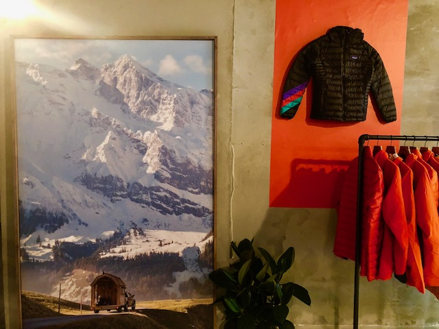 "PATAGONIA - Thrift shop ""Better than new"" in Via Tortona 5 - 5"