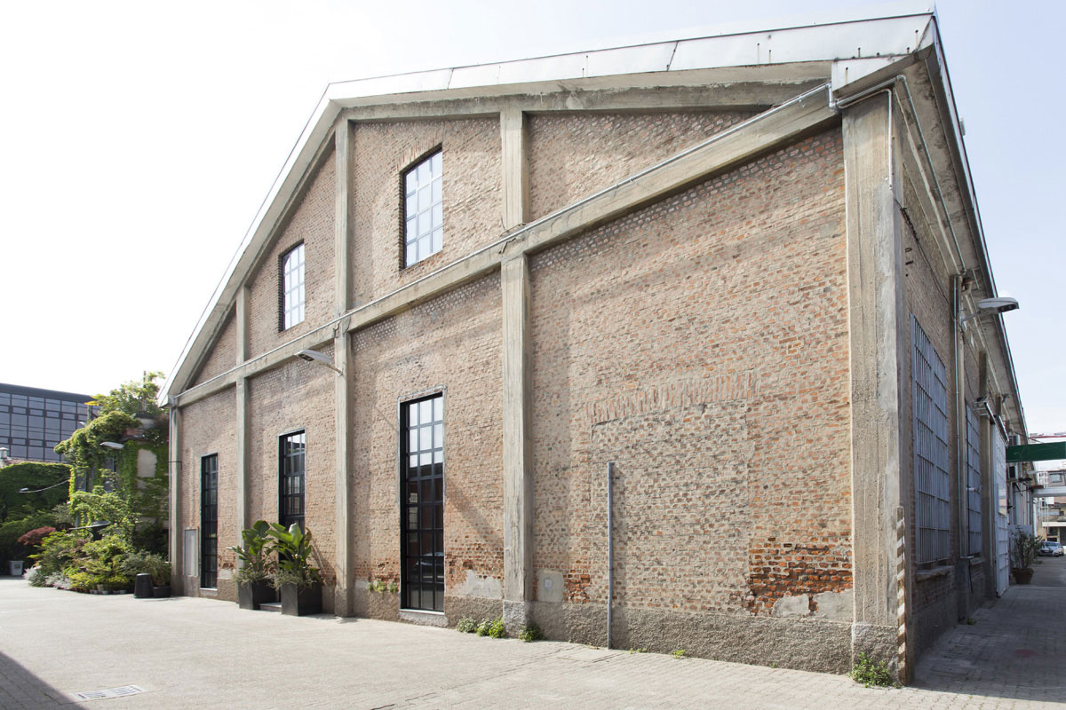 Textile - Open space, Spazio industriale di 275mq in Via Tortona 31 | location disallestita 1