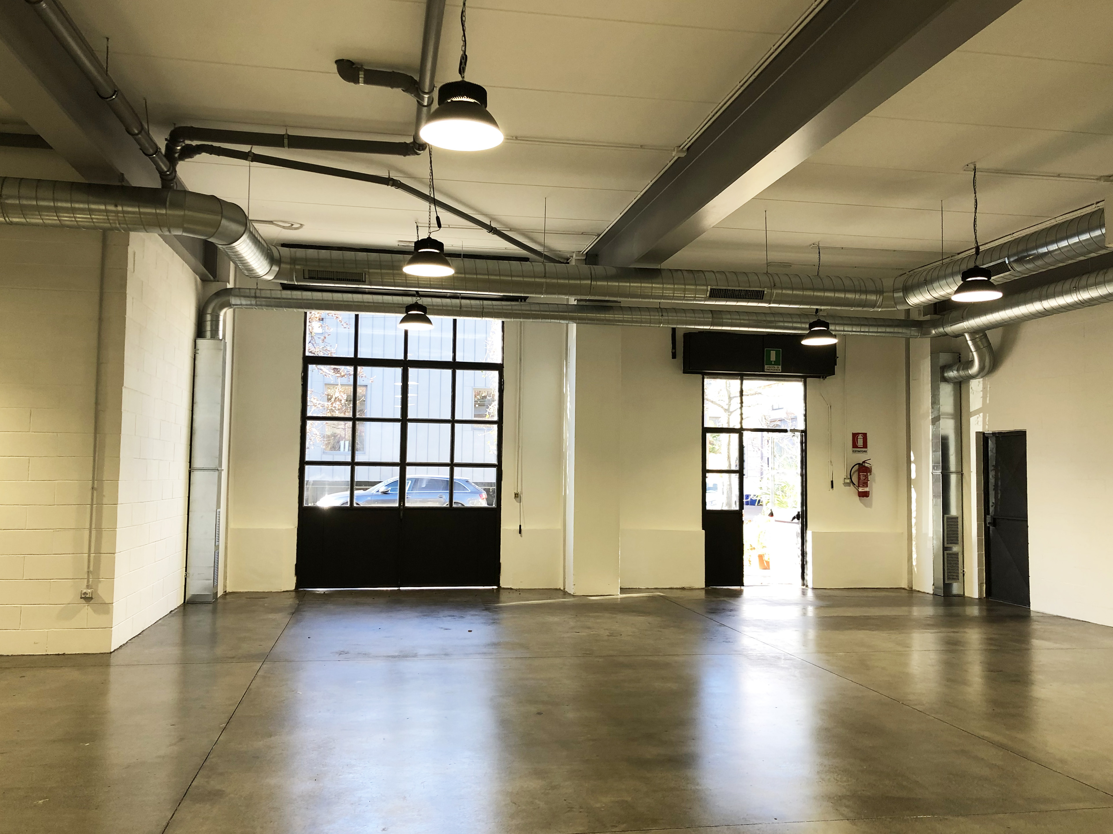 Officina3 - Open space, Spazio industriale di 200mq in Via Tortona 31  | location disallestita 3
