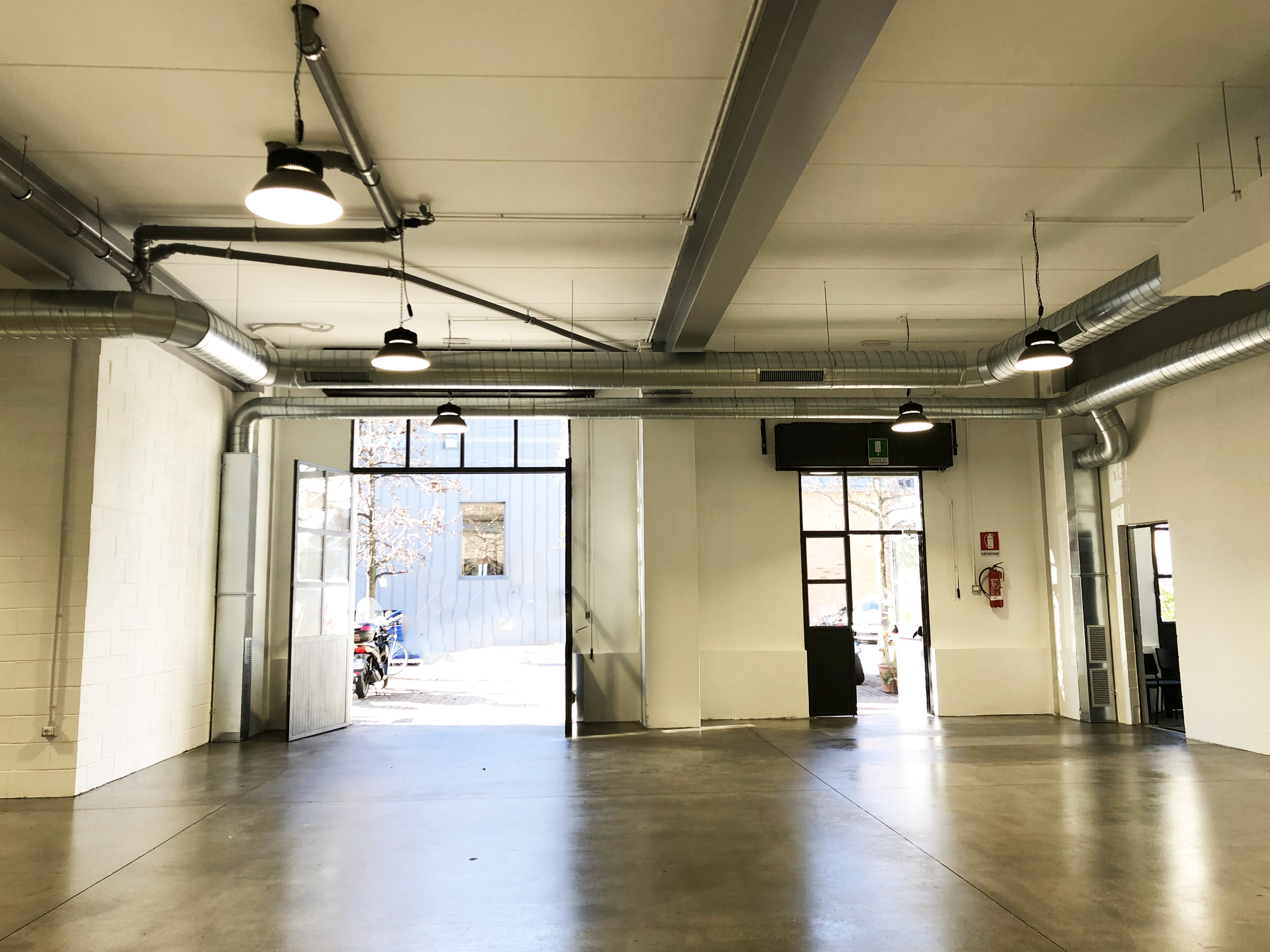 Officina3 - Open space, Spazio industriale di 200mq in Via Tortona 31  | location disallestita 4