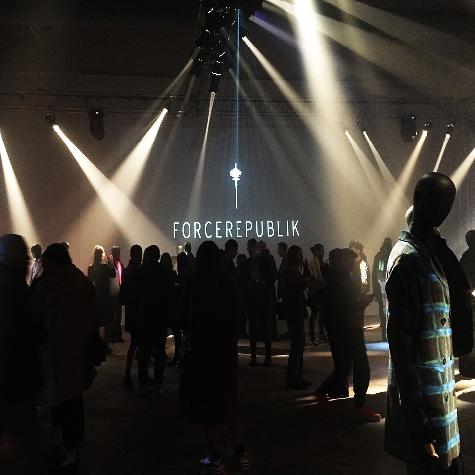 MFW MAN - 01/19 - Force Republik press day