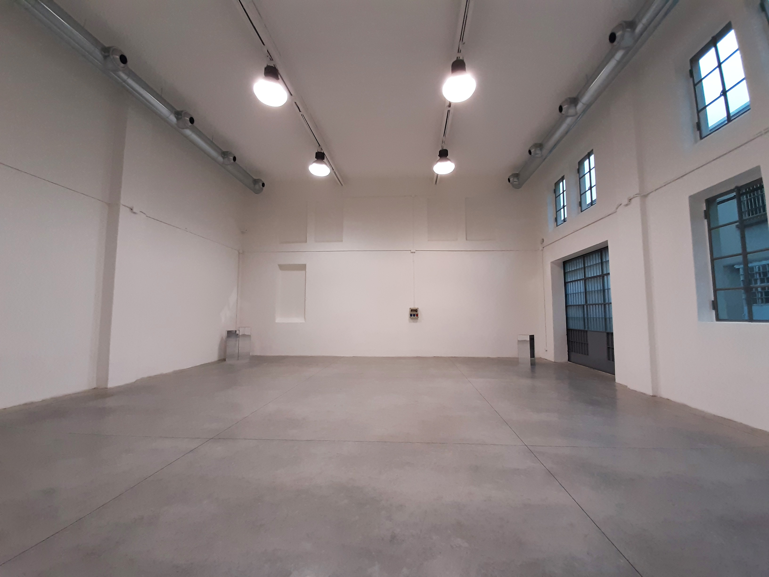 Opificio 31-Officina 31 - Open space, Spazio industriale di 180mq in Via Tortona 31 | location disallestita 1