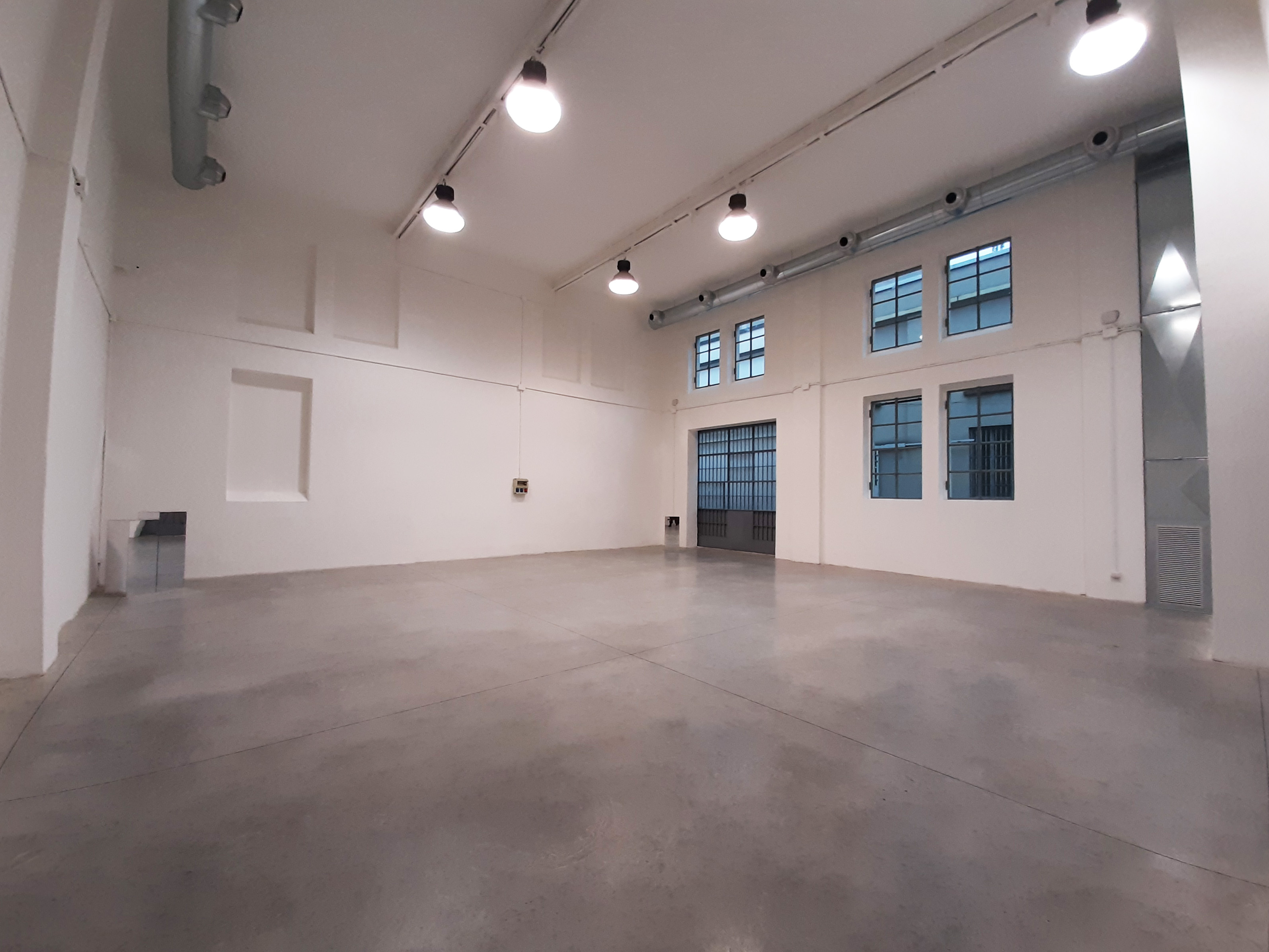 Opificio 31-Officina 31 - Open space, Spazio industriale di 180mq in Via Tortona 31 | location disallestita 2
