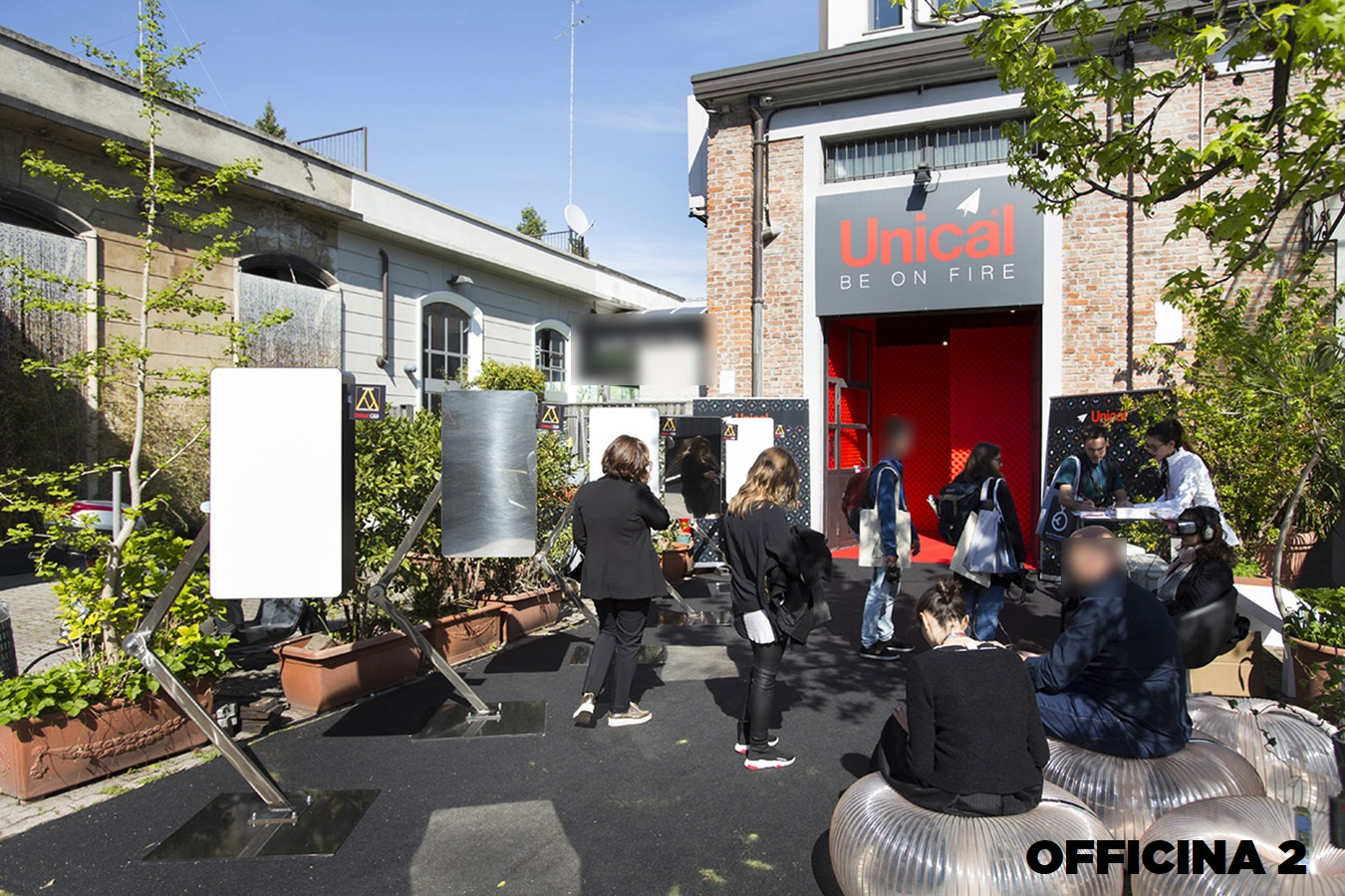 Opificio 31-Officine Cova - Officina, Open space, Showroom, Spazio outdoor di 320mq in Via Tortona 31 | location disallestita 10