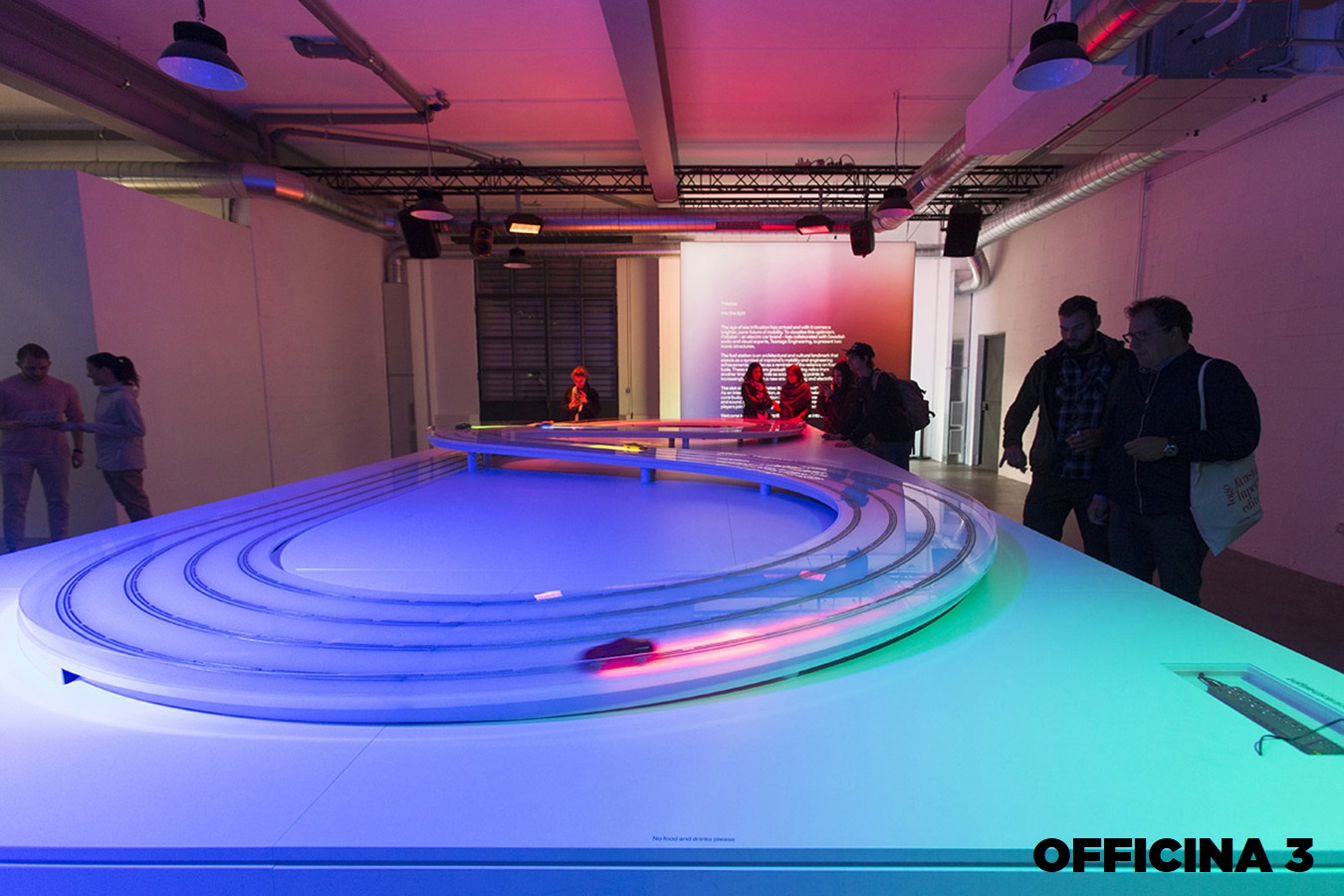 Opificio 31-Officine Cova - Officina, Open space, Showroom, Spazio outdoor di 320mq in Via Tortona 31 | location disallestita 14