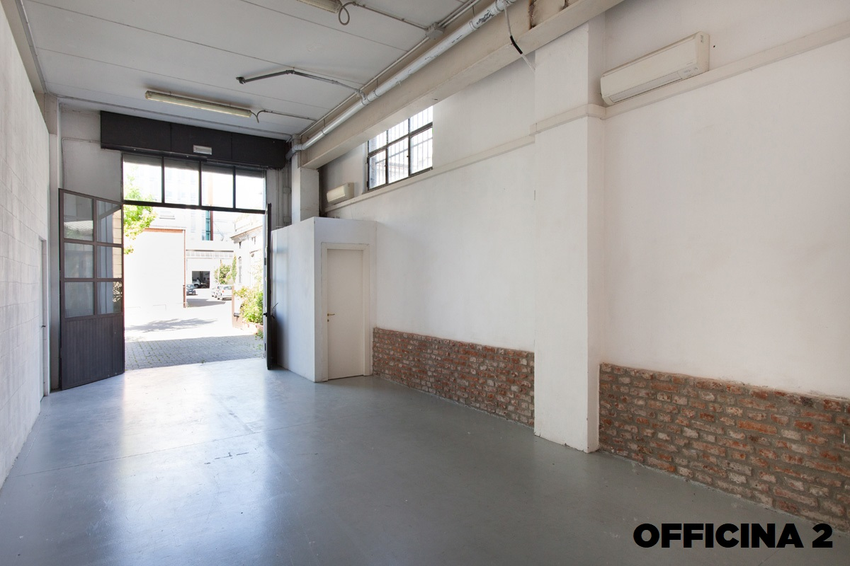 Opificio 31-Officine Cova - Officina, Open space, Showroom, Spazio outdoor di 320mq in Via Tortona 31 | location disallestita 8