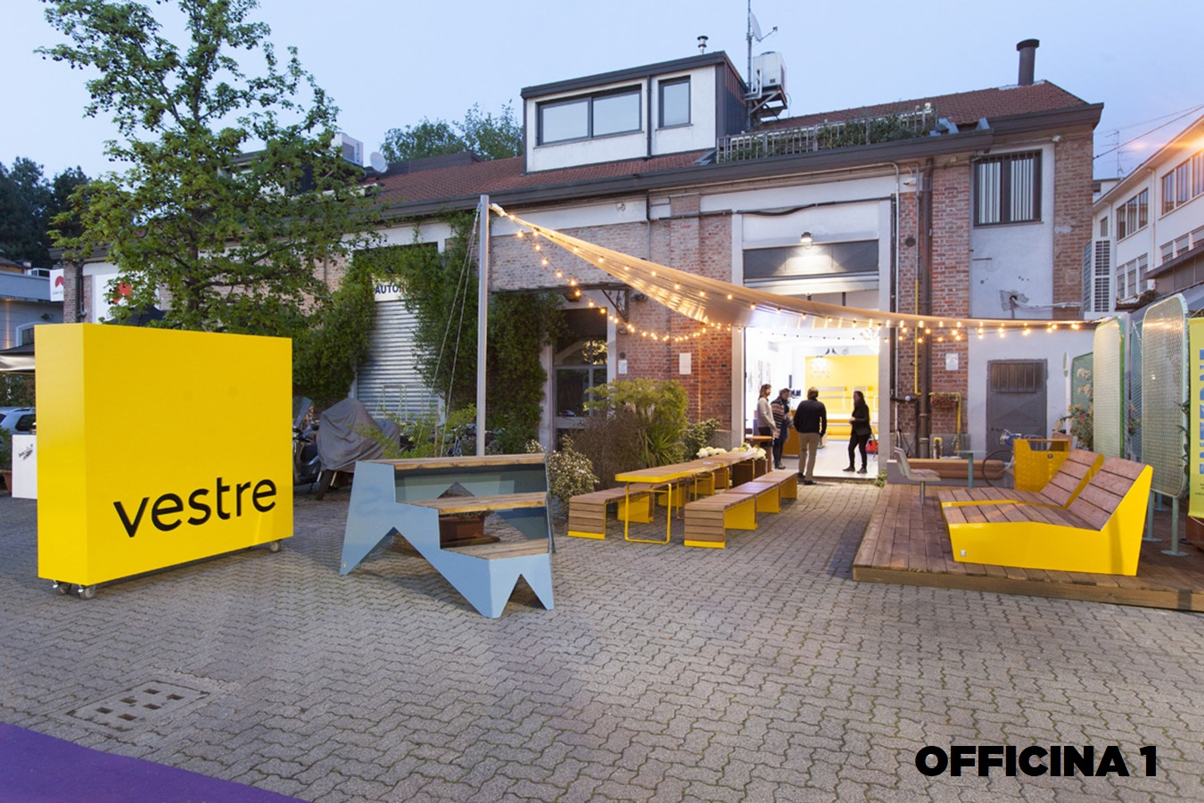 Opificio 31-Officine Cova - Officina, Open space, Showroom, Spazio outdoor di 320mq in Via Tortona 31 | location disallestita 1