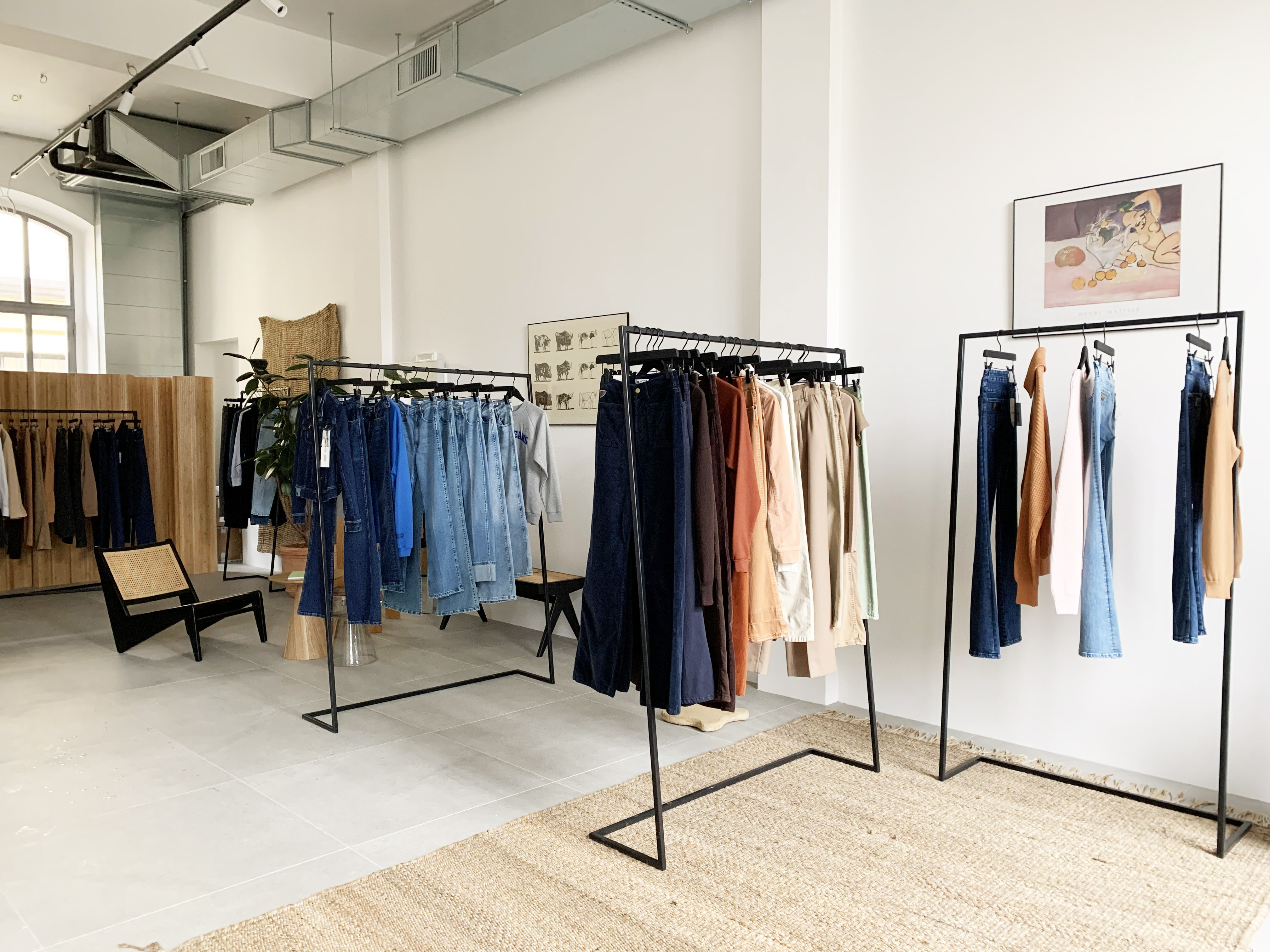Lois Jeans - temporay showroom AI 21/22 in Via Tortona 31 - 2