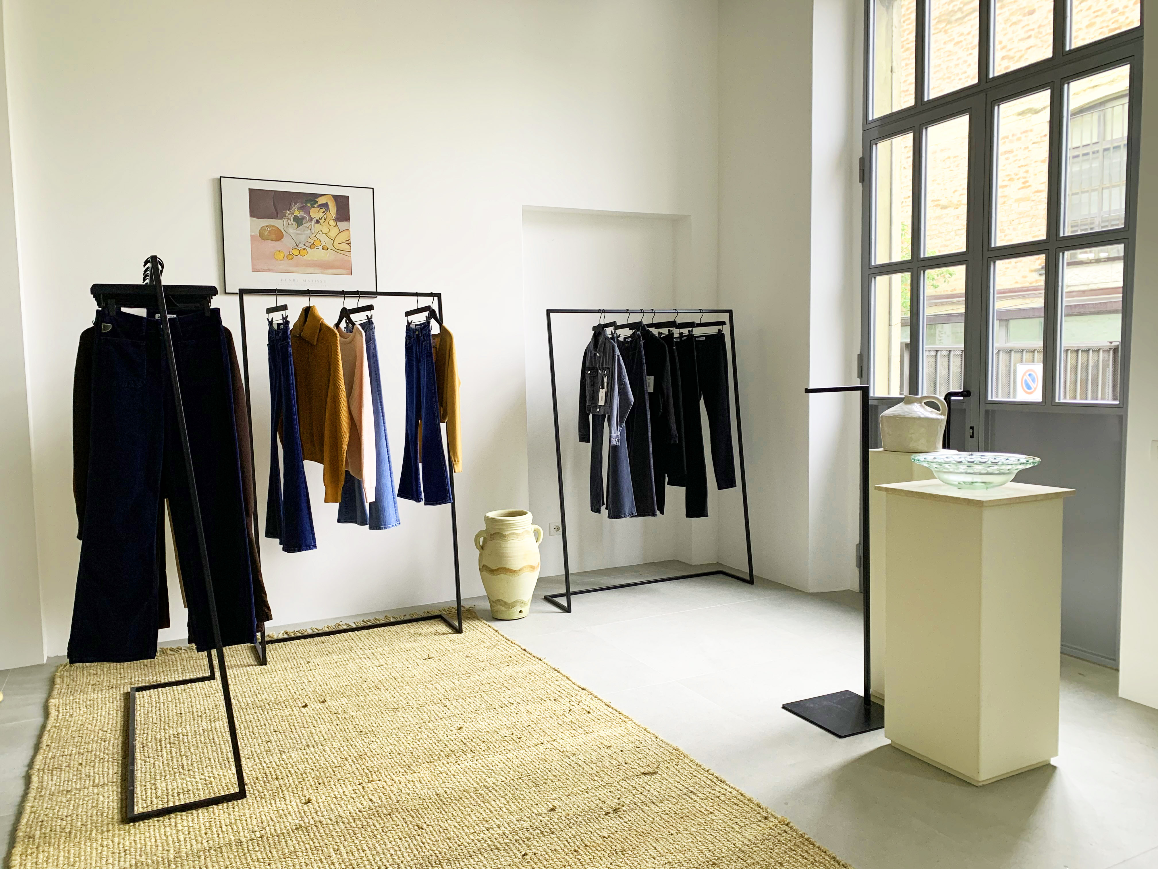 Lois Jeans - temporay showroom AI 21/22 in Via Tortona 31 - 1